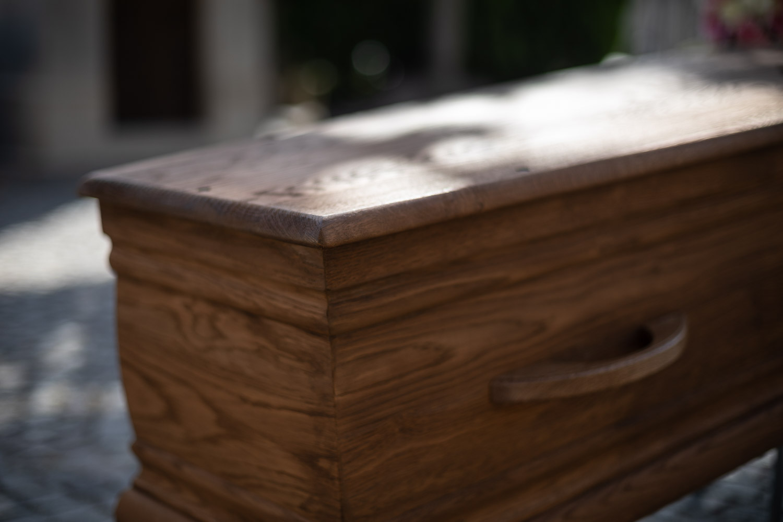Haïku de printemps - Page 18 Gros-plan-cercueil-passy-cridel-paris